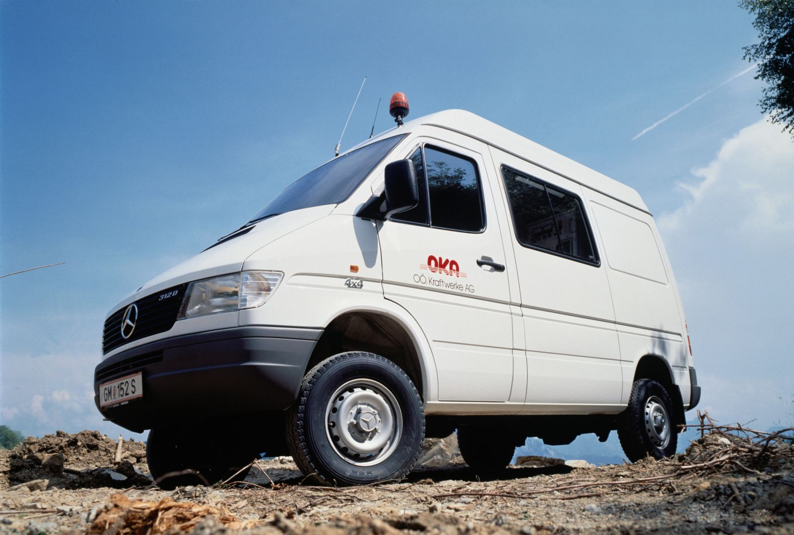 mercedes benz sprinter 312d 4x4 kastenwagen. Black Bedroom Furniture Sets. Home Design Ideas