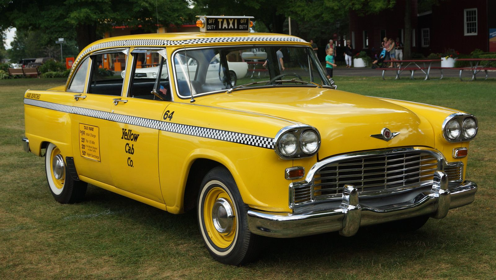 Pin By David Gilchrist On Bus Taxi In 2020 Checker Taxi Cab Taxi Cab Checker Cab Cars