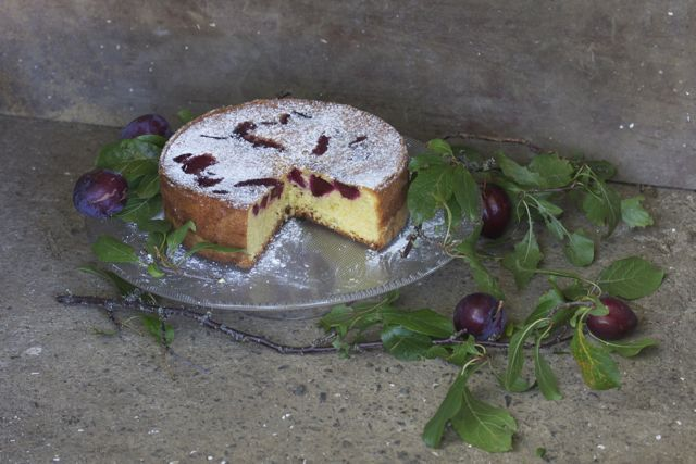 eat, etc... Plum, almond and orange cake - almonds do lovely things to cakes