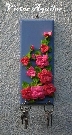 Porta llaves decorado con Porcelana Fría / Cold Porcelain / Masa flexible