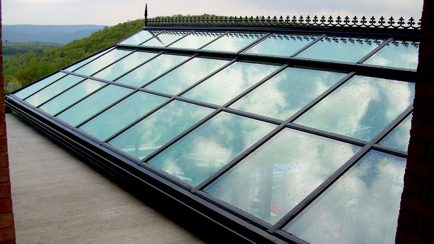 Pin By Solar Innovations Architectur On Spectacular Skylights In 2020 Skylight Vented Skylights Roof Lantern