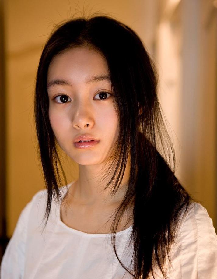 사진 좋아하는 쿠츠나 시오리