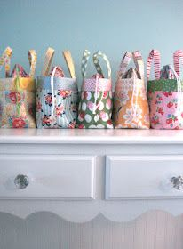 Fat Quarter Lunch Bag Sewing Tutorial - great for bringing to work!