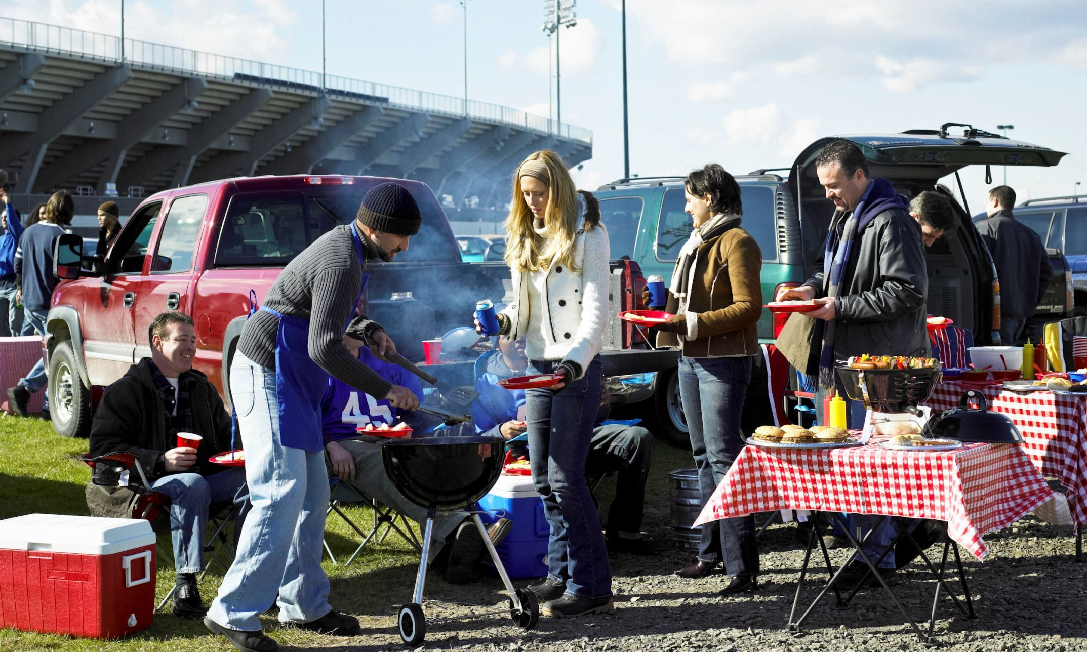 Best Cars, SUVs and Trucks for Tailgating Tailgate party