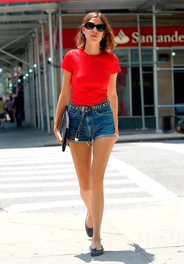 fd7984f33e129 Tops e blusas que vão virar trend no verão 2017 Jeans Vermelhos