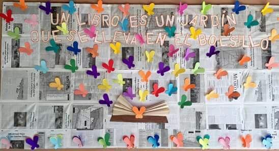 Periodico mural mes de mayo un libro es un jard n que se for Elaborar un periodico mural