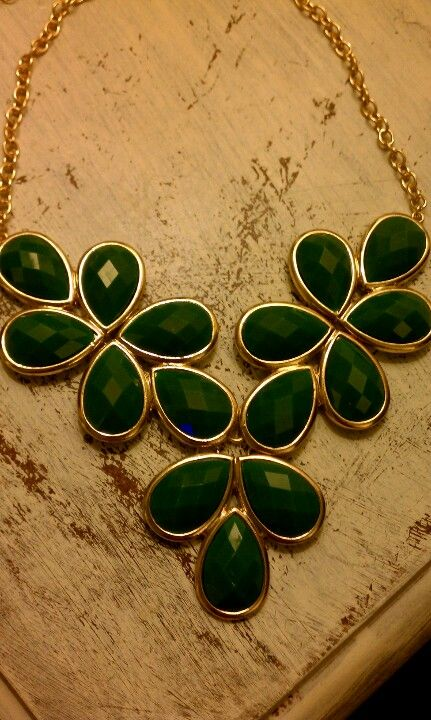 Emerald statement necklace! Perfect accessory