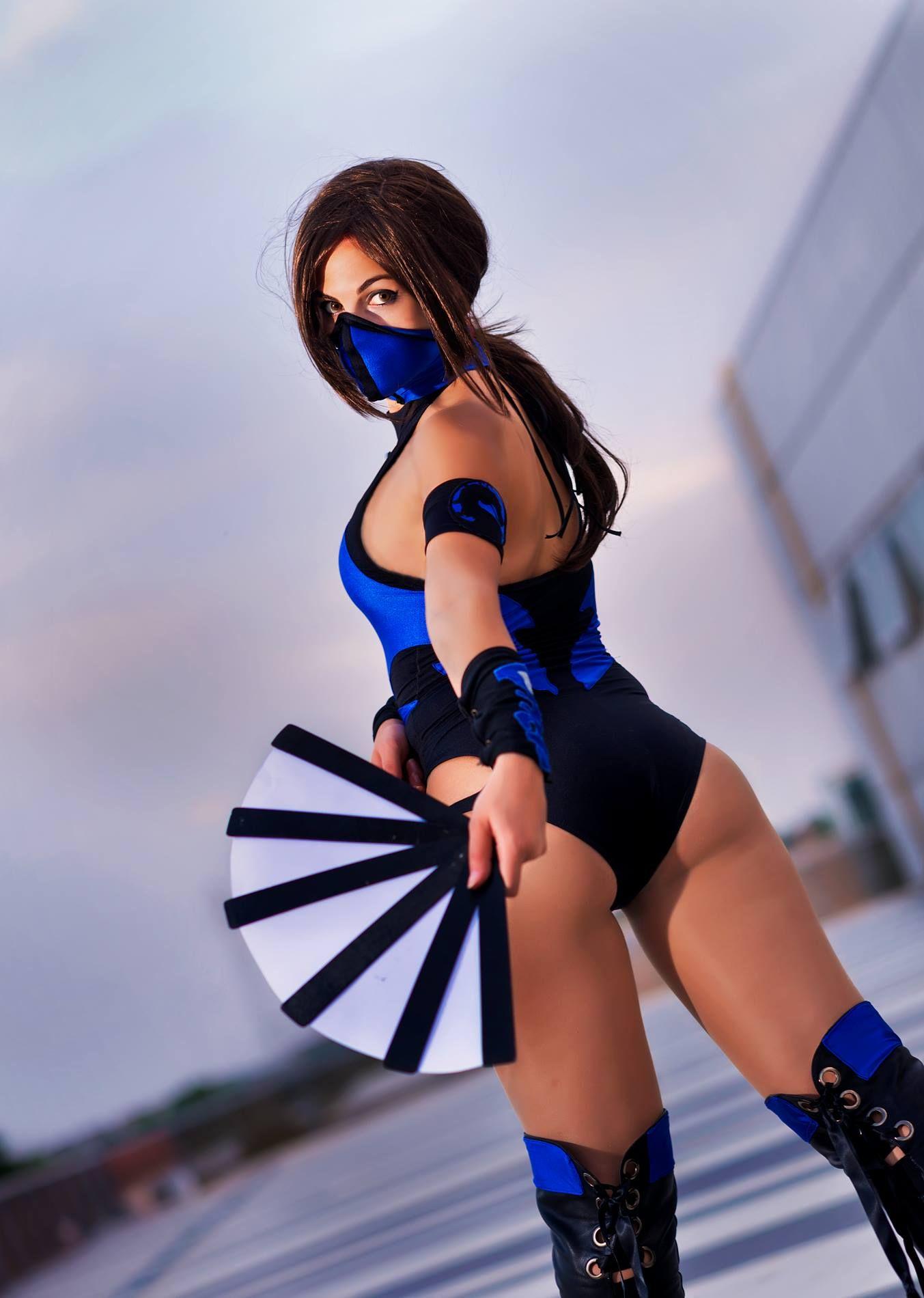 Kitana Mortal Kombat Cosplay by Catjira en 2020   Arte de