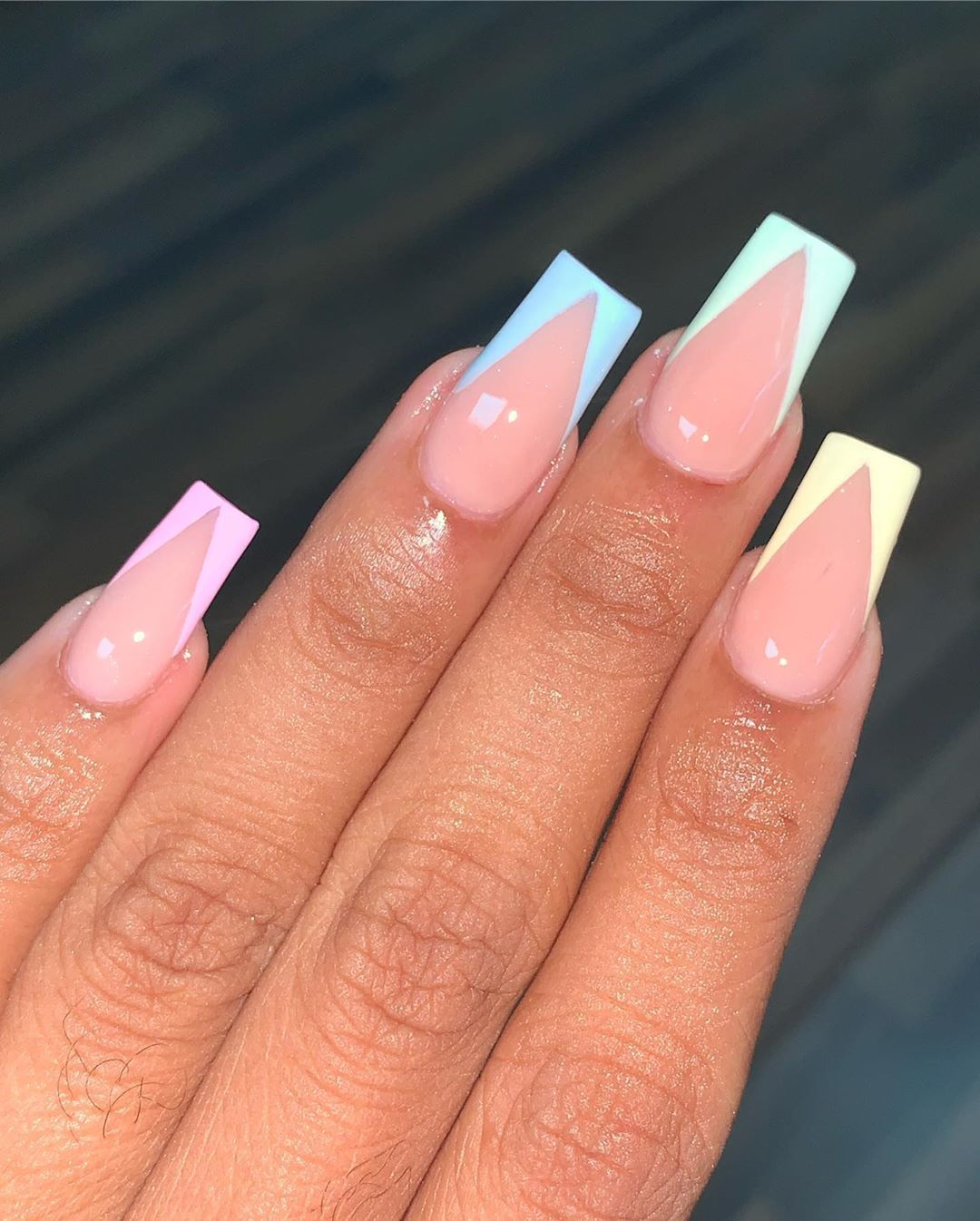 """Jhohannails 🇹🇹 on Instagram: """"#frenchnails #acrylicnails #frenchtips #pastelnails"""""""