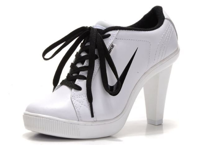 best service 08211 ef135 Nike Low High Heels For Womens White Black