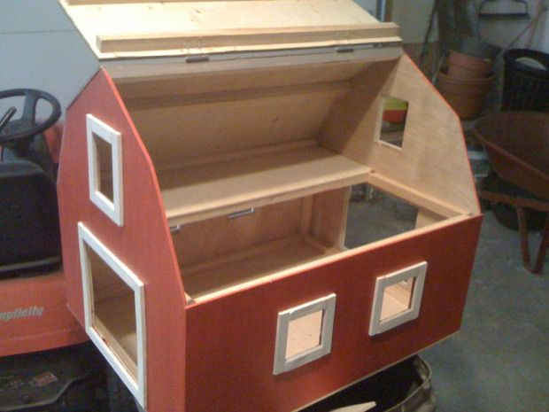 A Clic Toy Box With The Top Removed 6 2 Diy Reclaimed Barn Wood Equine Horse Tack Chest Build Paint Red