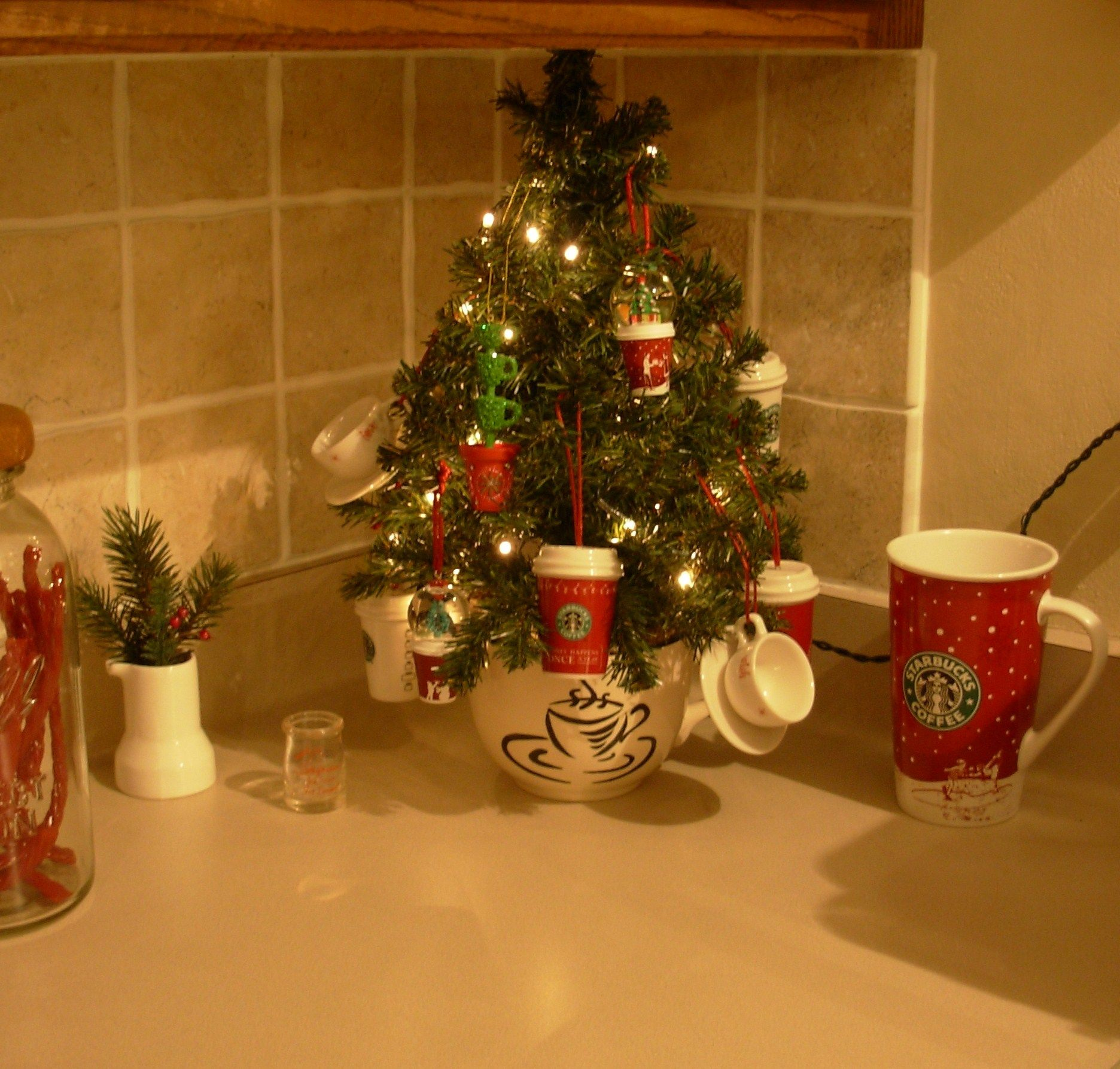 Christmas Decorations For Coffee Shops