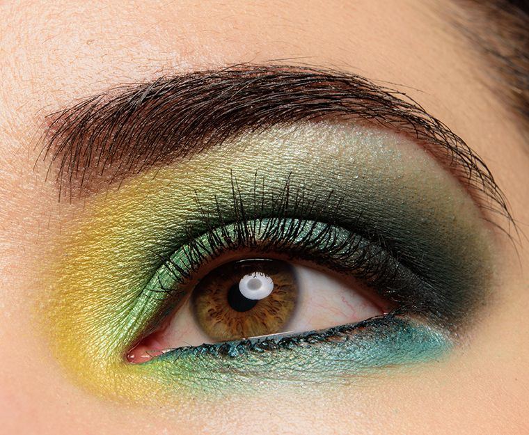 """Sydney Grace Eyeshadows Reviews & Swatches (""""Bright"""