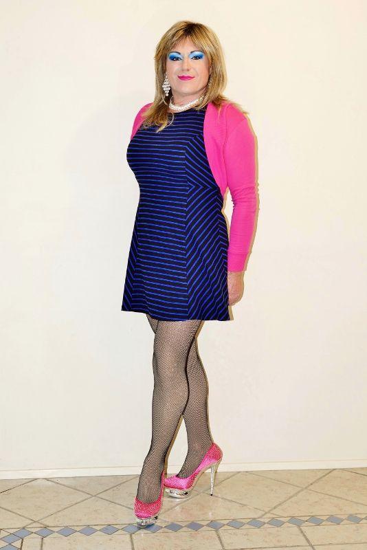 CD Anita Makova dressed up and wearing pink high heels.   X Dressing ...