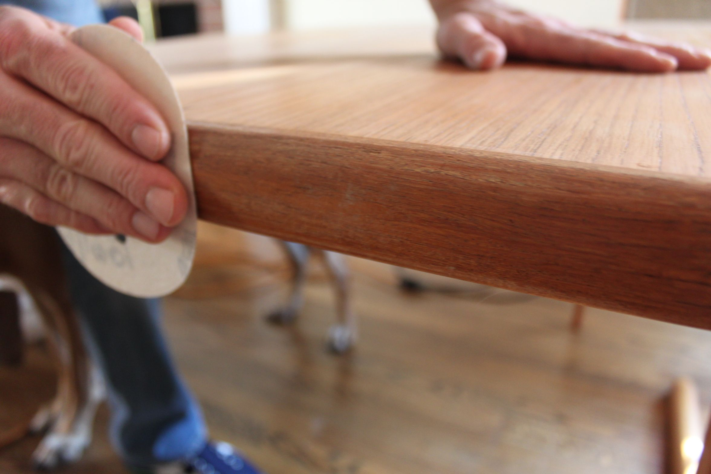 How To Refinish An Indoor Teak Dining Table