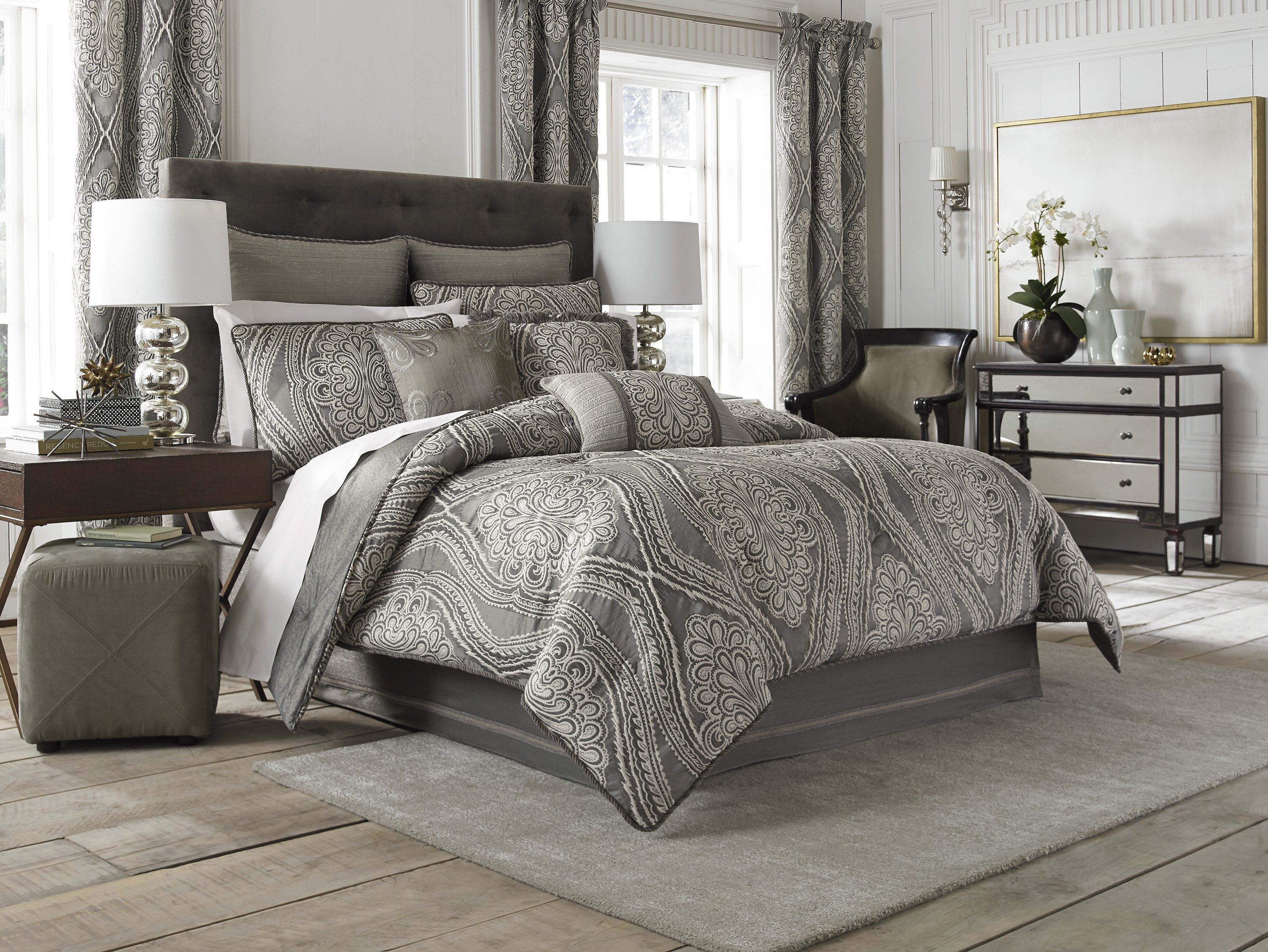 Have to have it. Chapel Hill Amadeo Collection Comforter