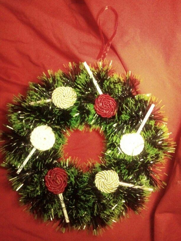 #ghirlanda #chupachups #rossobiancoverdeoro #sweet #christmascreation