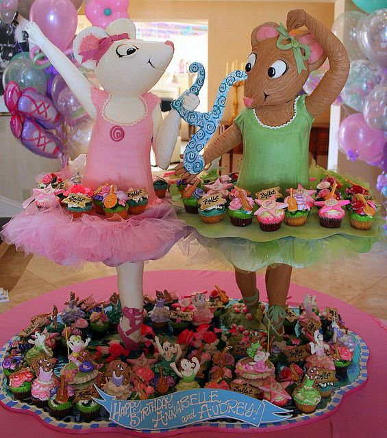 Angelina Ballerina Cupcake Tower   Ballerina party ...