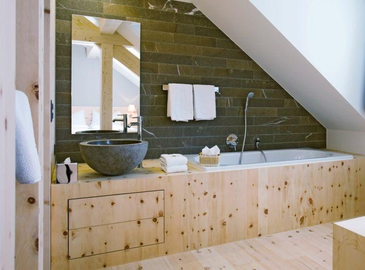 Salle de bain originale: une salle de bain dans le grenier   Salle ...
