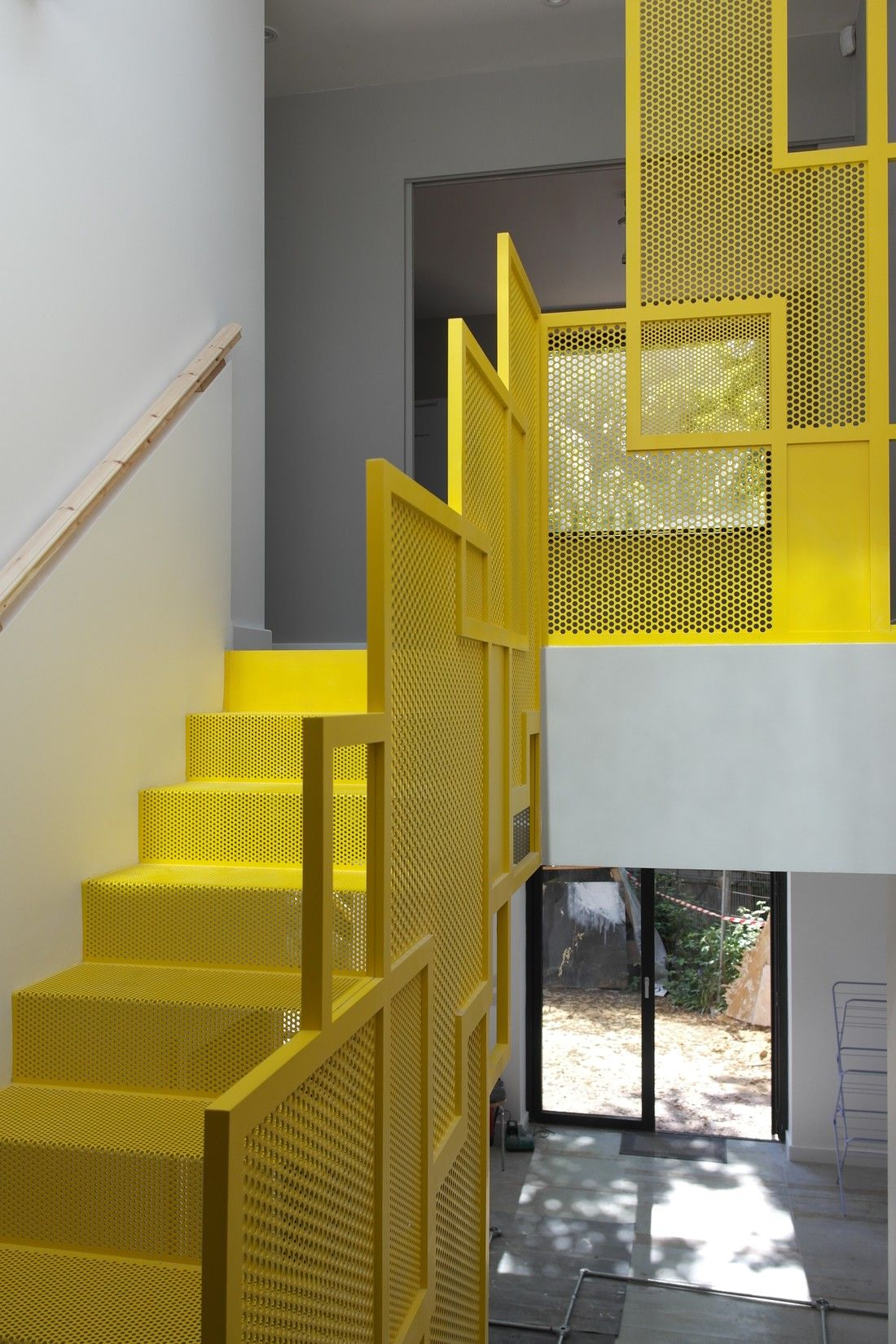 Best Bespoke Perftec Staircase As Seen On Granddesigns Grand 400 x 300