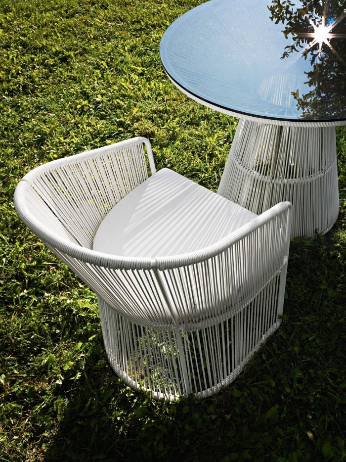 Salon de jardin design- la collection Tibidabo par Varaschin ...