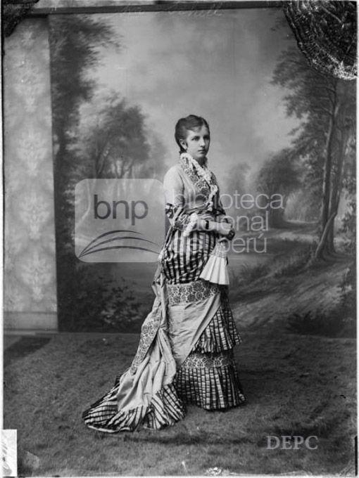 Sra. Schell de Eugenio Courret - 1882  Biblioteca Nacional del Perú
