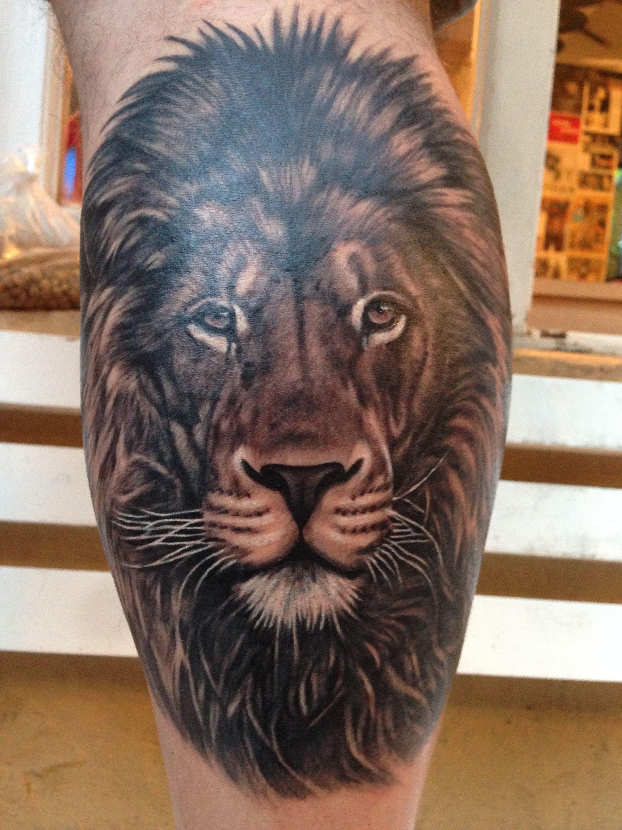 Tattoo Lion, Tatuaje de León, realismo, blanco y negro | Tinta ...