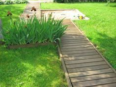 Superior How To Build A Pathway Across A Lawn Or Build A Floating Deck. (I Awesome Design