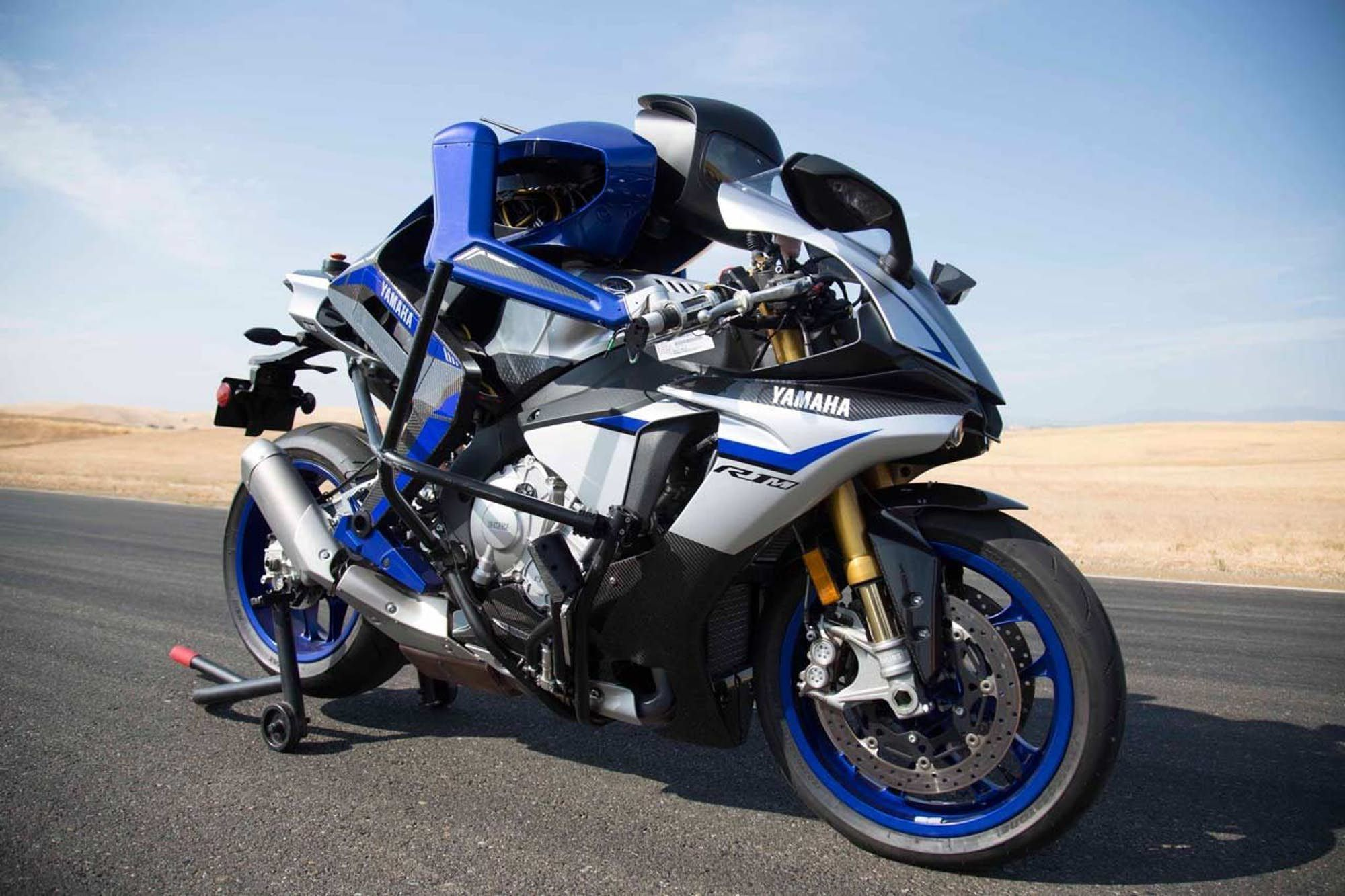 2020 Yamaha R1 First Ride From 2020 Yamaha Yzf R1 Release Date And Specs Bike Reviews Intended For 2020 Yamaha R1 Fir Tokyo Motor Show Yamaha New Motorcycles