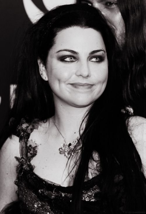 Amy Lee Heaven On Earth Amy Lee Amy Lee Evanescence Amy