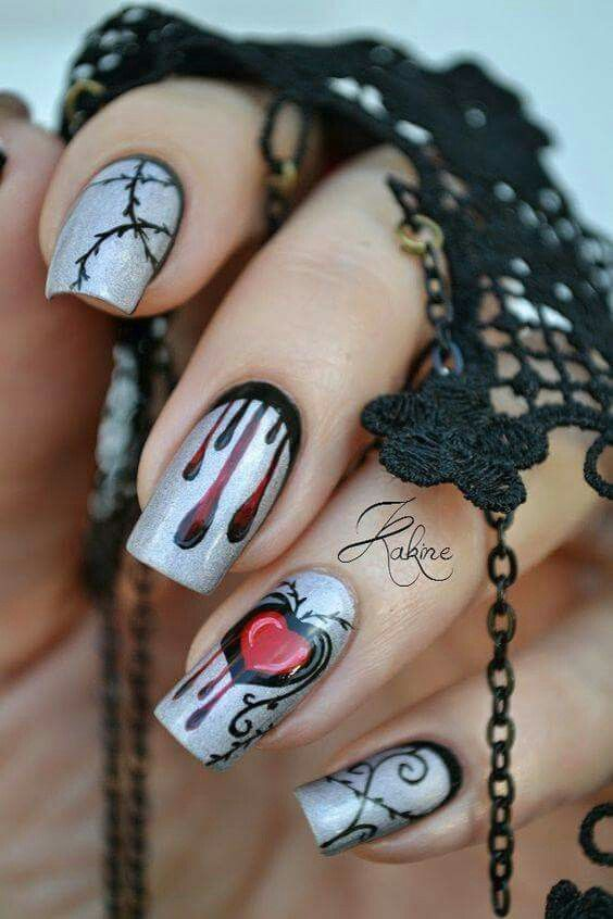 Pin By Ann Small On Nail Art Goth Nails Cute Halloween Nails Halloween Nail Designs