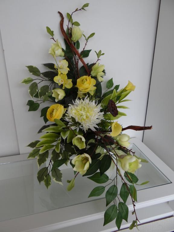 Stroik Kompozycja Nagrobna Na Grob Wszystkich Sw 4666615925 Oficjalne Archiwum Allegro Flower Arrangements Floral Arrangements Black Flowers