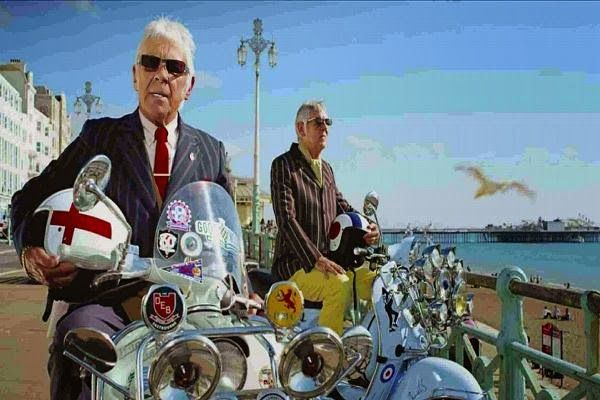 Brighton Scooter Rally 2015 Buscar Con Google Vespa Vintage English Characters Mod Scooter