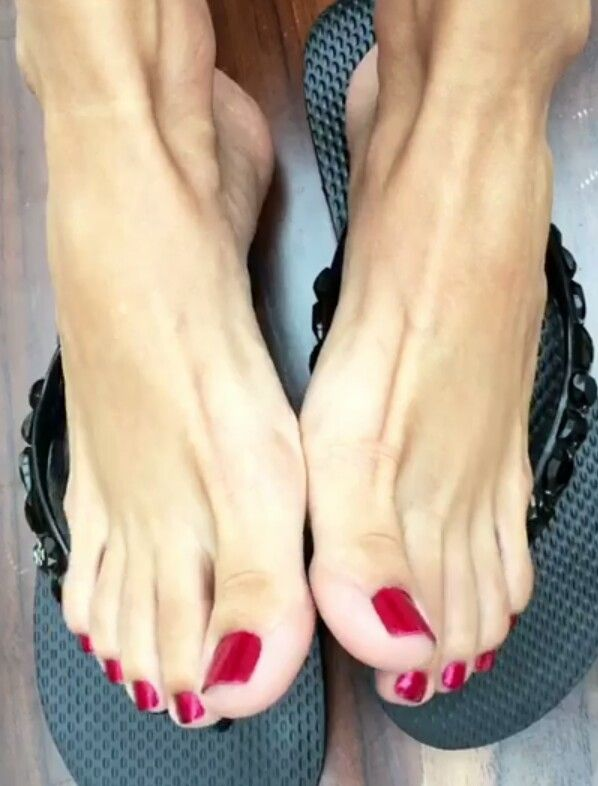 Sexy Feet And Toes Pics