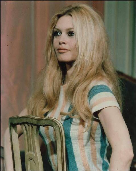 Épinglé sur Celebre Actrice Brigitte Bardot