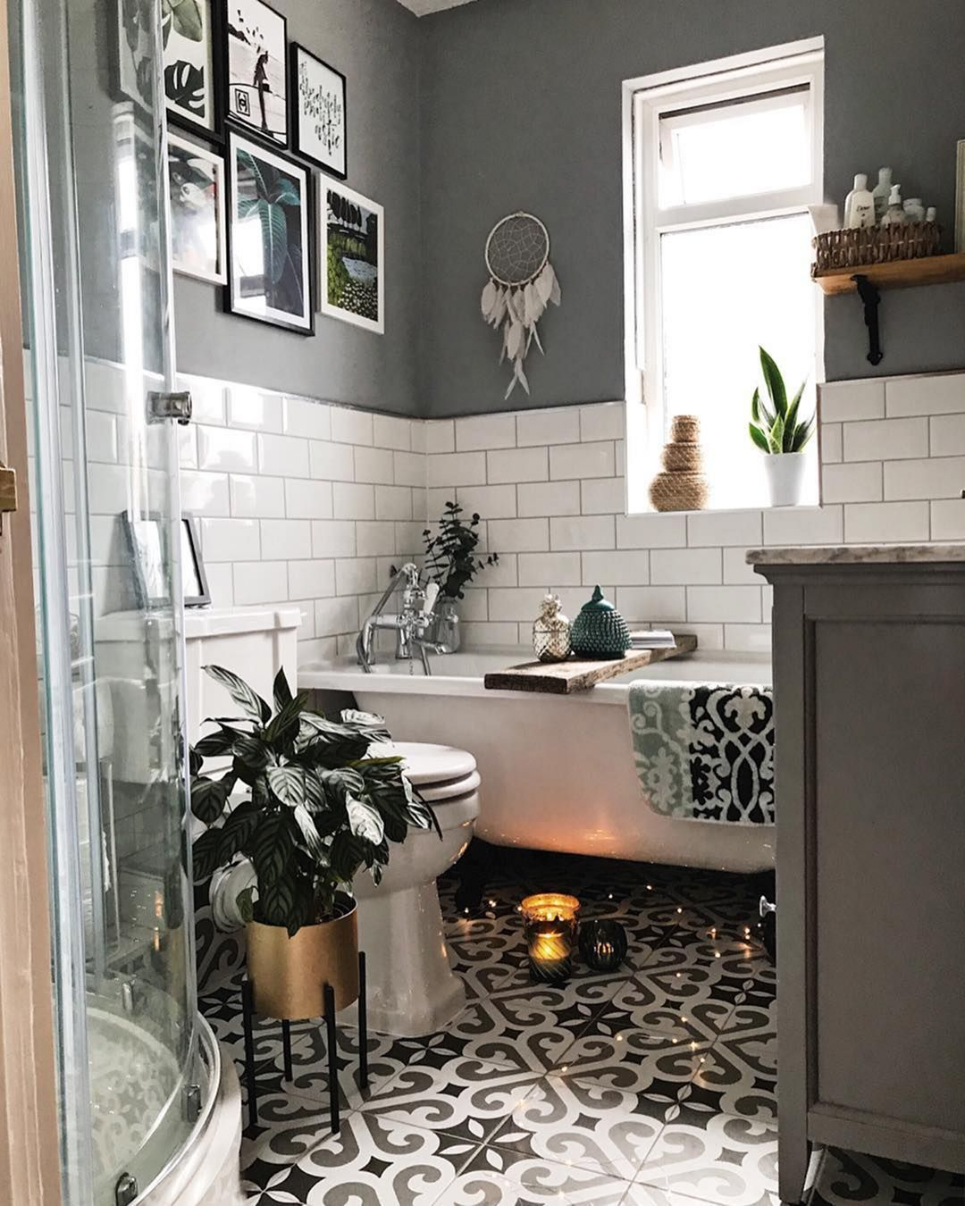 10 Most Beautiful Small Bathroom Designs To Look Wider ...