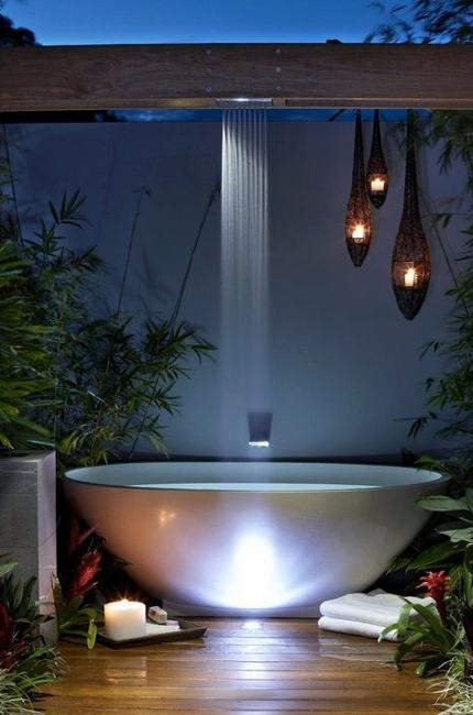 Modish Bathroom Lighting Ideas With Modern Concept: Beautiful Outdoor Bathroom Design, Charming And Soothing