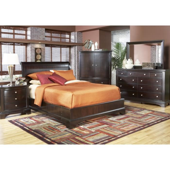 Rooms To Go Whitmore Cherry Low Profile 7 Piece King Bedroom Set King Bedroom Sets Bedroom Sets Bedroom Furniture Sets