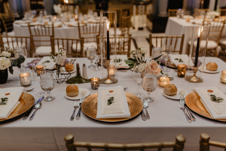 Venue Spotlight Kiernan Plaza Total Events Llc Gold Charger Plates Wedding Wedding Plate Setting Fall Wedding Place Settings