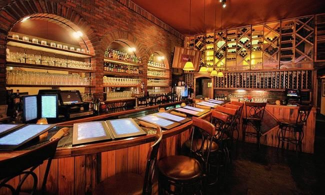 Cellar 6 Nightlife In Staugustine Includes Livemusic At Local Bars