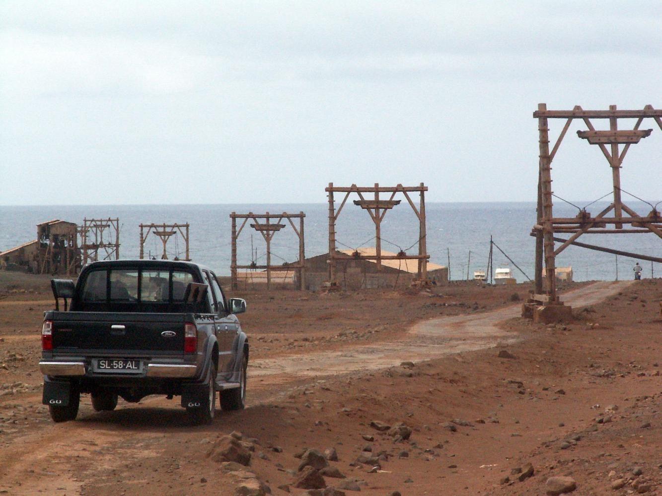 Cap Vert: En direction du lac de sel / Cape Verde: Towards the salt lake / Cabo Verde: Hacia el lago salado