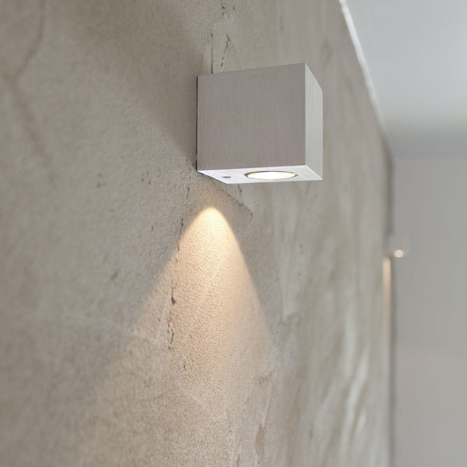 Portaikko, LED-seinävalaisin Wall Cubic 3W 3000K 200lm 65x70x65 mm yksisuuntainen harjattu alumiini - Taloon.com