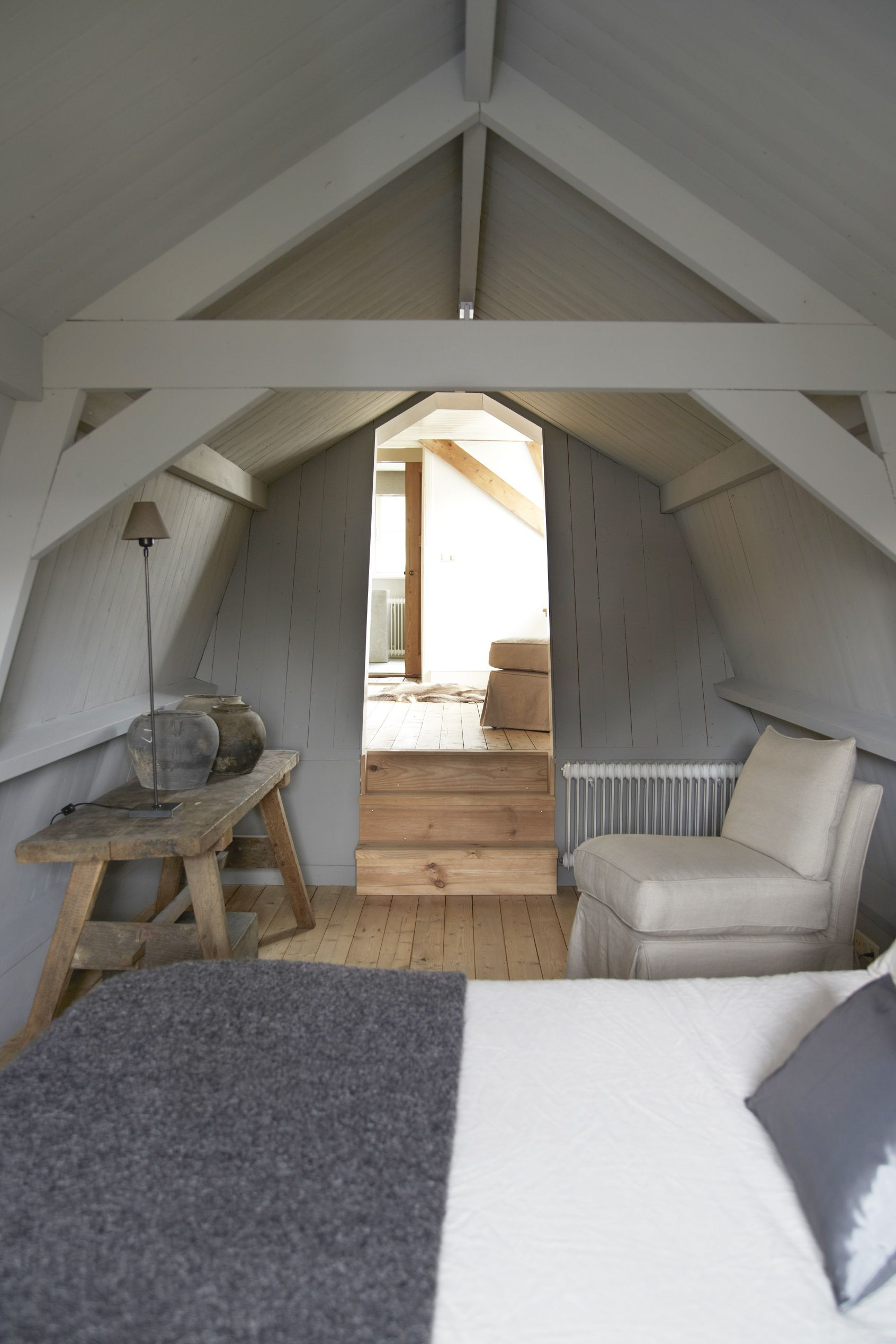 attic bedroom | home | bedroom | slaapkamer | pinterest | dachboden