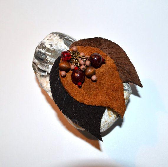 leather brooch Gifts of Autumn кожанная брошь Дары от batikelena, $19.90