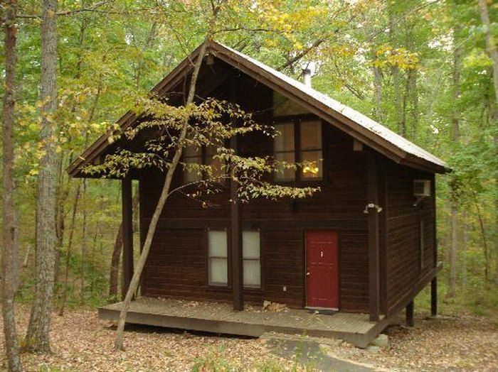 The Best Log Cabins To Rent In Indiana Are At Brown County State Park Indiana Vacation Cabin Brown County Indiana