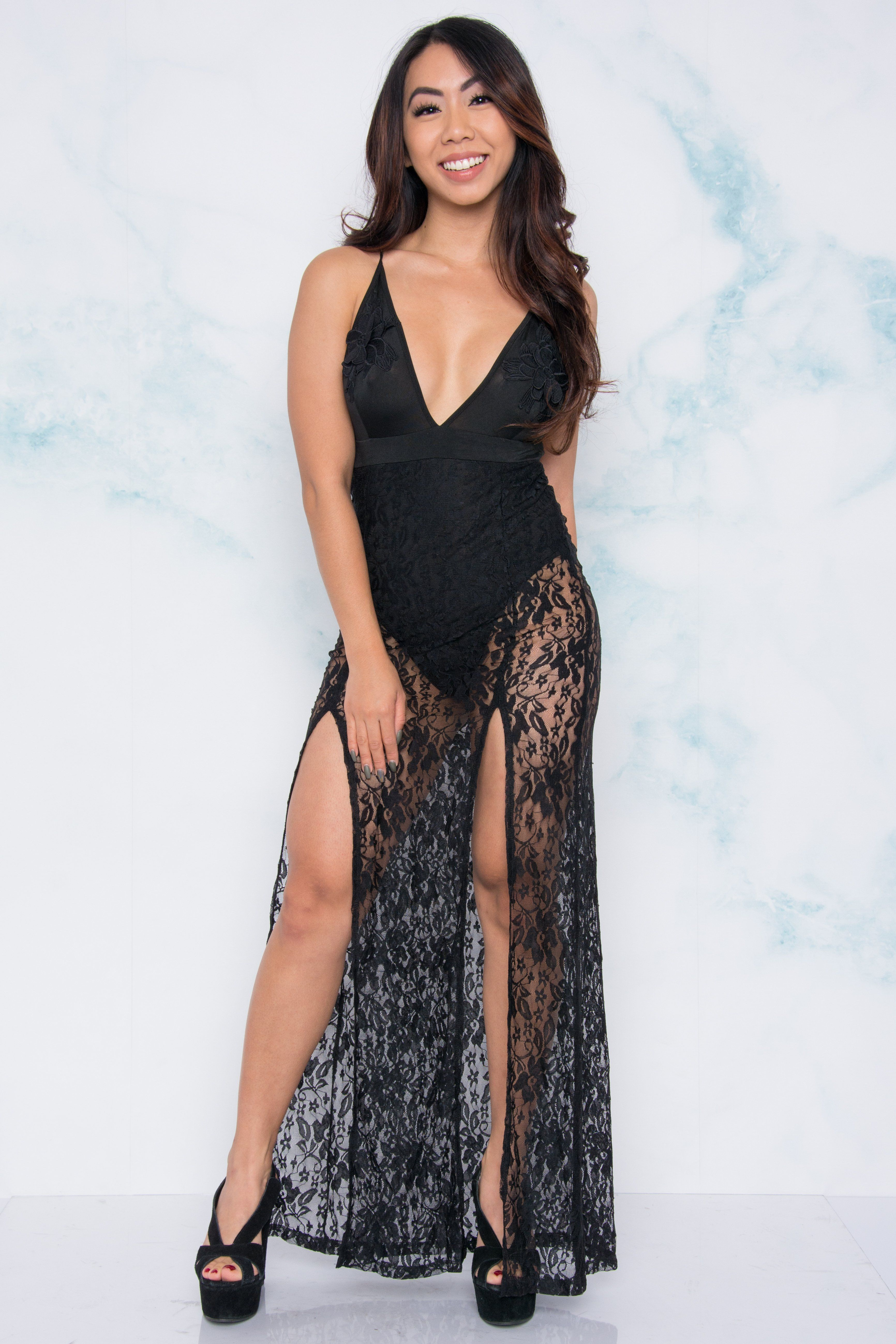 Victoria lace maxi dress black things to do for tiara