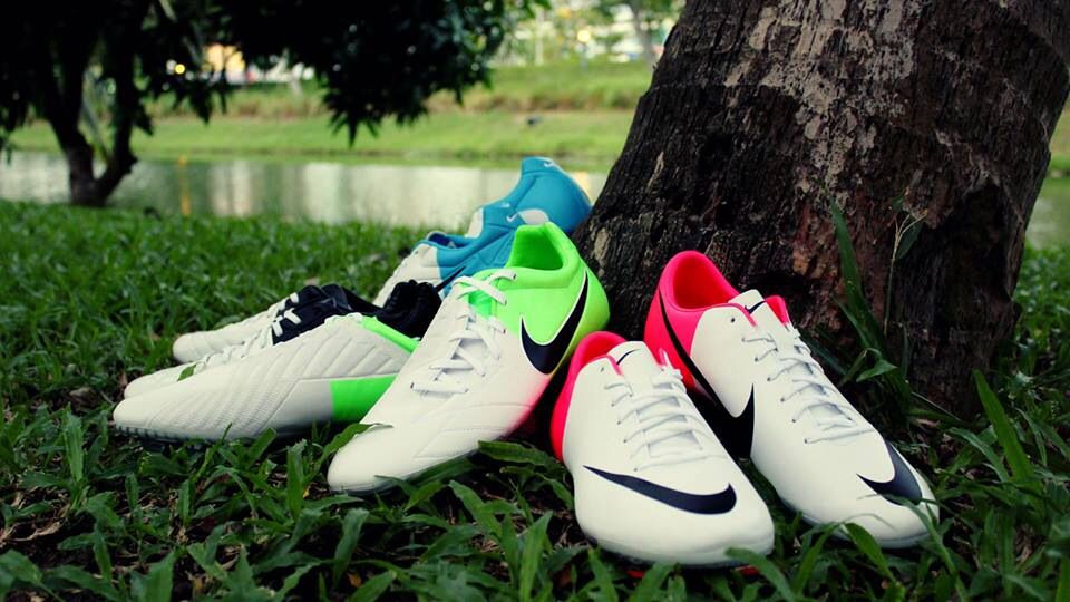 Love 3 Nike Soccer Shoes Shoes Wallpaper Soccer Shoes