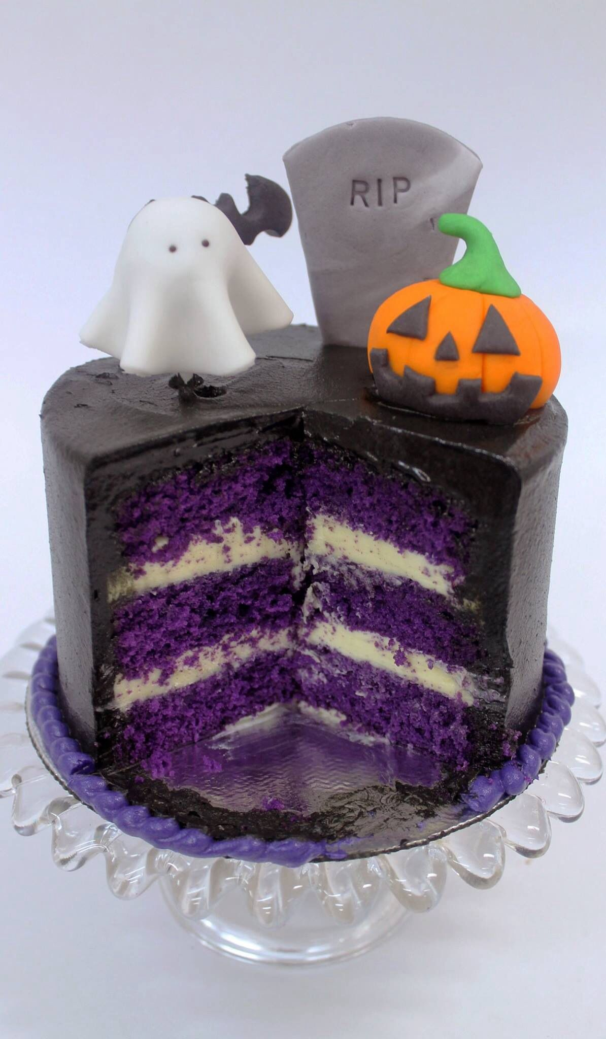Pin by Marilene Almeida on Yammy yammy Pinterest - Halloween Cake Decorating Ideas
