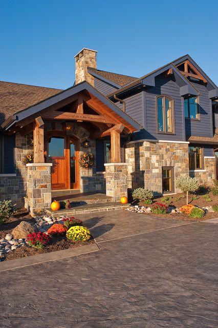 Image from http://st.houzz.com/simgs/4f71cef10e06c013_4-4242/craftsman-exterior.jpg.