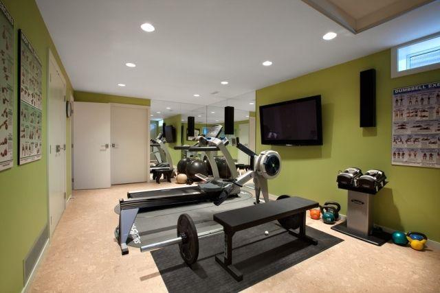 ideen-einrichtung-heim-fitnessstudio-gruene-wandfarbe-beige ...